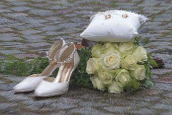 Hochzeitscheckliste kostenlos Hochzeitschuhe Brautstrauss Ringe